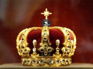 *-Queen-*