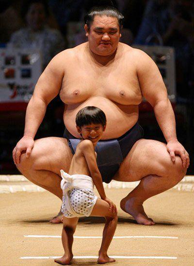Sumo borac vs mini sumo borac