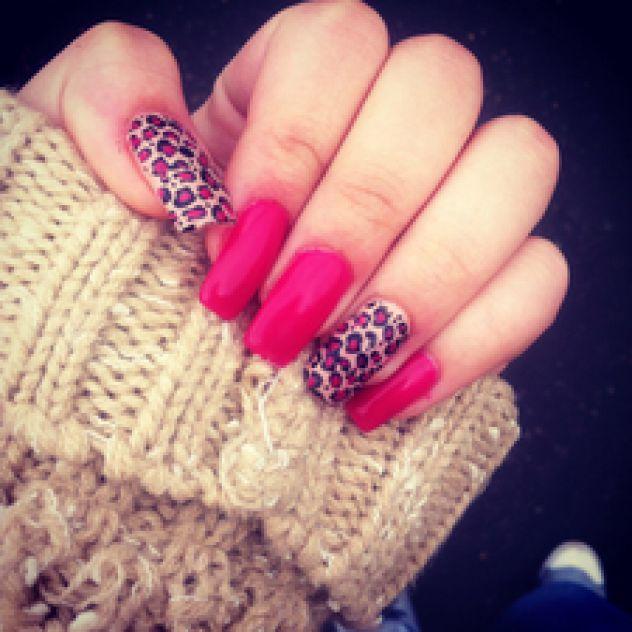 moji nokti !!!!!!!!!! :)